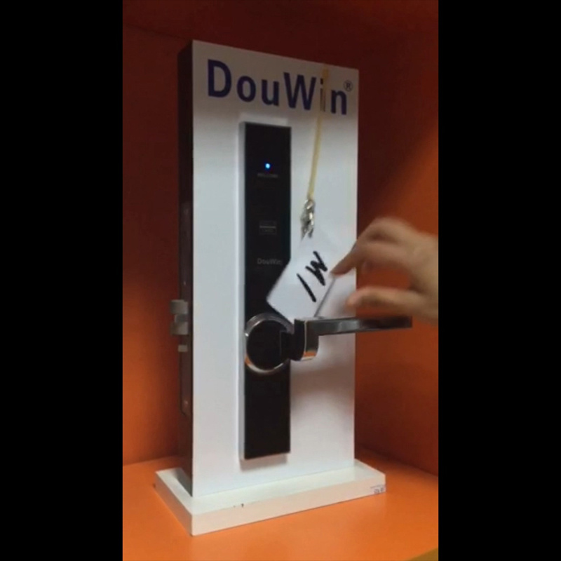 RFID Card Hotel Door Lock pictures & photos