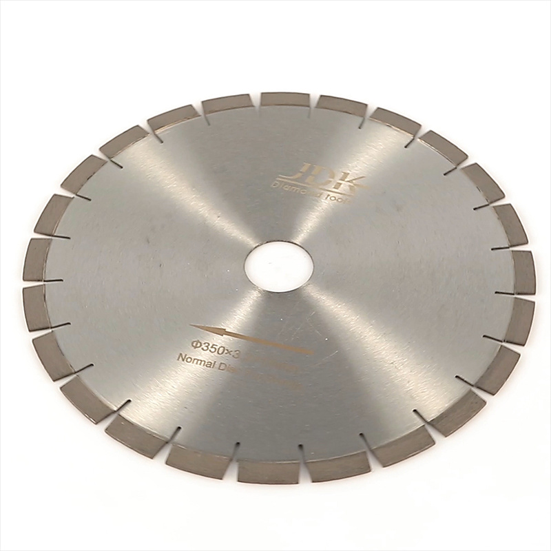 Super Quality Diamond Saw Blade for Granite Cutting pictures & photos
