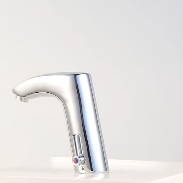 China Hot Sale Automatic Sensor Faucet Mixer (QH0112A) pictures & photos