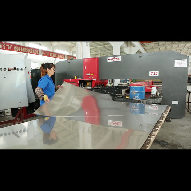 100L-300L Nonpressure Galvanized Steel Vacuum Tube Solar Water Heater pictures & photos