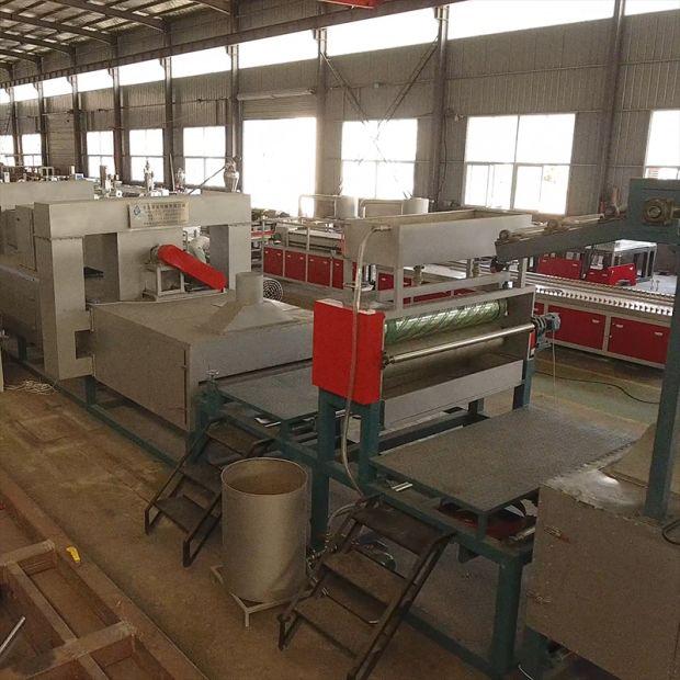 1220mm PVC Foam Back Mat Making Making Machine/Production Line pictures & photos