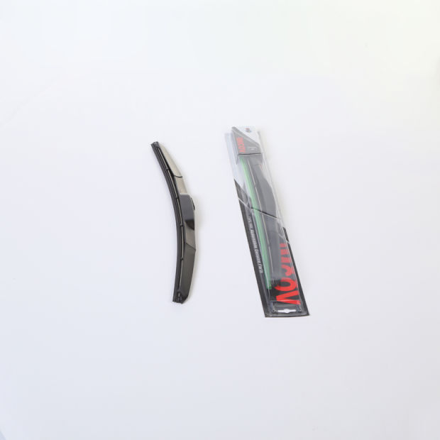 Soft Quality Bracketless Windshield Wiper Blades pictures & photos