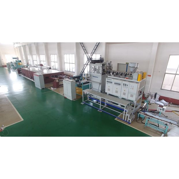 PE Plastic Double Stretch Net Extruder pictures & photos