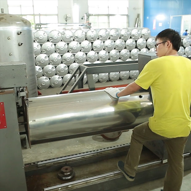 200L-500L Pressurized Vacuum Tube Copper Coil Solar Energy Water Heater (ZHIZHUN) pictures & photos