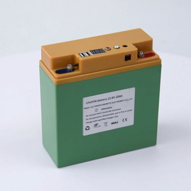 LiFePO4 Battery Pack 12.8V 20ah with Dual USB 5V pictures & photos