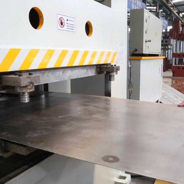 2500 Ton Iron Steel Metal Door Panel Embossing Door Skin Press Machine pictures & photos