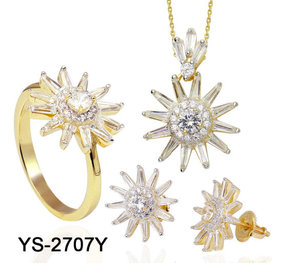 925 Sterling Silver Fashion Jewelry Cubic Zirconia Set for Sale pictures & photos