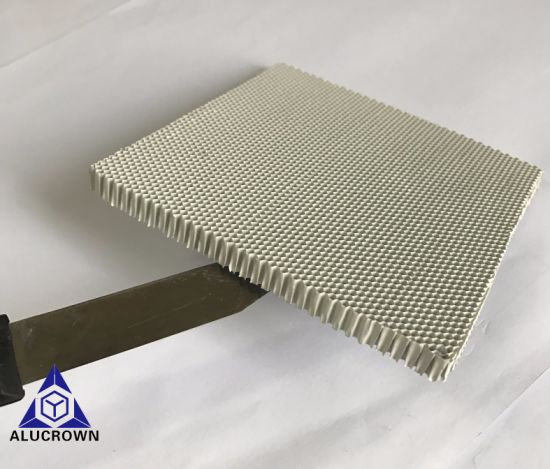 White Color 1/15 Inch Micro Hole Aluminum Honeycomb Core pictures & photos