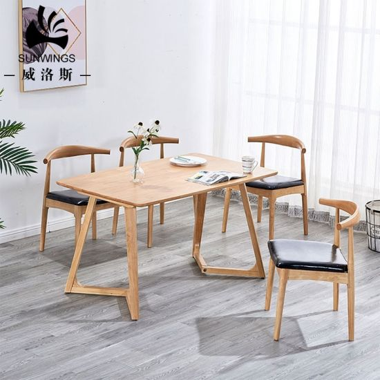 Nordic Solid Wood Dining Table for Dining Room / Restaurant / Hotel pictures & photos