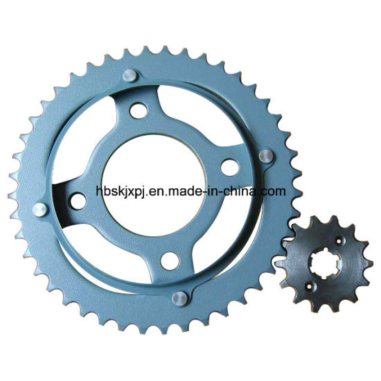 High Quality with Best Price Motorcycle Chain Sprocket pictures & photos