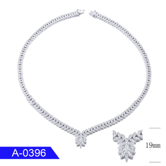 High End New Fashion Jewelry Silver or Brass CZ Chain Necklace for Women pictures & photos