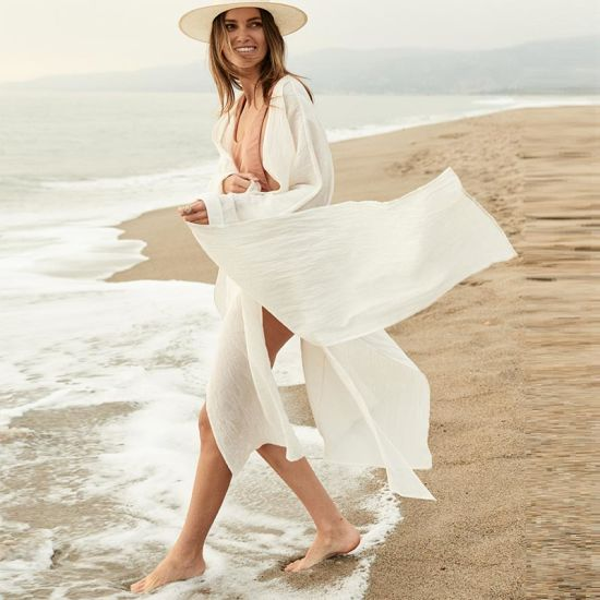 Wrinkled Beach White Holiday Cover-up Cardigan Dress with Belt pictures & photos