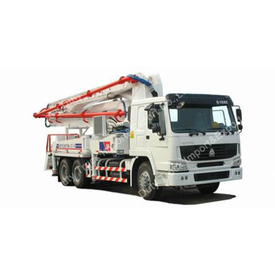 Constrcution Machinery 20-40m Pumping Height Truck Mounted Concrete Pump Truck pictures & photos