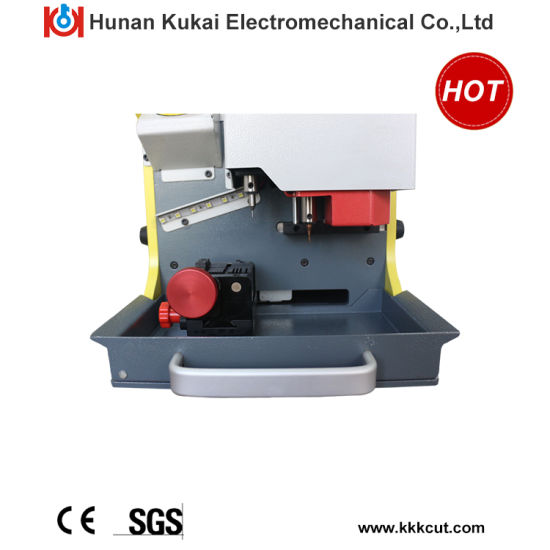 2016 Hot Sale Duplicate Key Cutting Machine Sec-E9 for Car Keys and House Keys with Lowest Price pictures & photos