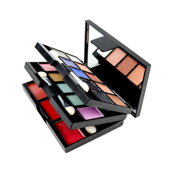 Customized Highly-Pigmented Shimmering Pearl 18 Shades Eye Shadow pictures & photos