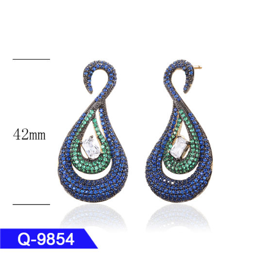 Fashion Jewelry 925 Silver or Brass CZ Drop Earrings for Girls pictures & photos