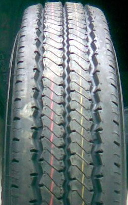 Radial Light Truck Tire (750R16, 700R16, 750R15, 700R15, 650R15) pictures & photos