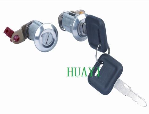 Isuzu Kb21/26 Door Lock with Key (8-94116826-0/8-94116825-0) pictures & photos