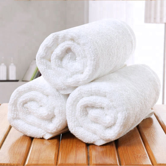 Super Absorbent 100% Cotton Plain Weave White Hotel Towel pictures & photos