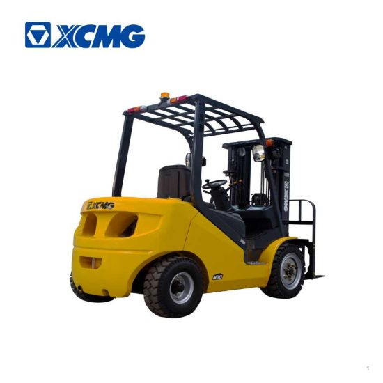 XCMG 3 Ton Triplex Mast Side Shift Diesel Forklift pictures & photos