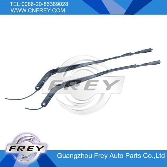 Wiper Arm for Mercedes Benz Sprinter OEM No. 9068200744 pictures & photos