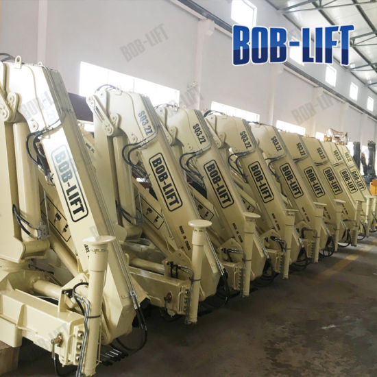 Made in China Knuckle Boom Hydraulic Crane Truck 3 Ton pictures & photos