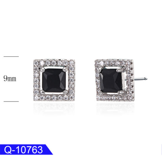 Affordable Jewelry 925 Sterling Silver Cubic Zirconia Earrings for Sale pictures & photos