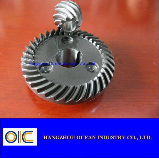 Spiral Steel Bevel Gear Pinion pictures & photos
