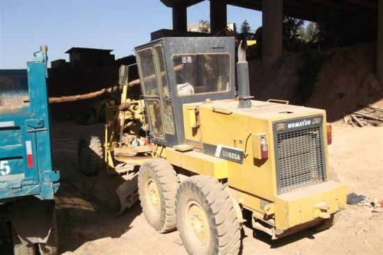 Used Komatsu Gd625 Motor Grader for Sale Cat 140h 14G 140g Grader Available pictures & photos