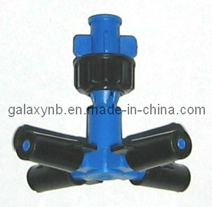 PP Cross Mist Sprinkler for Saving Water pictures & photos