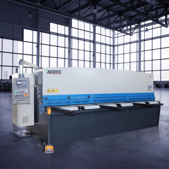 Accurl Hydraulic CNC Metal Cutting Machine pictures & photos