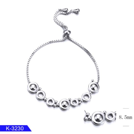 Handmade Fine Jewelry 925 Sterling Silver Plain Bracelet pictures & photos