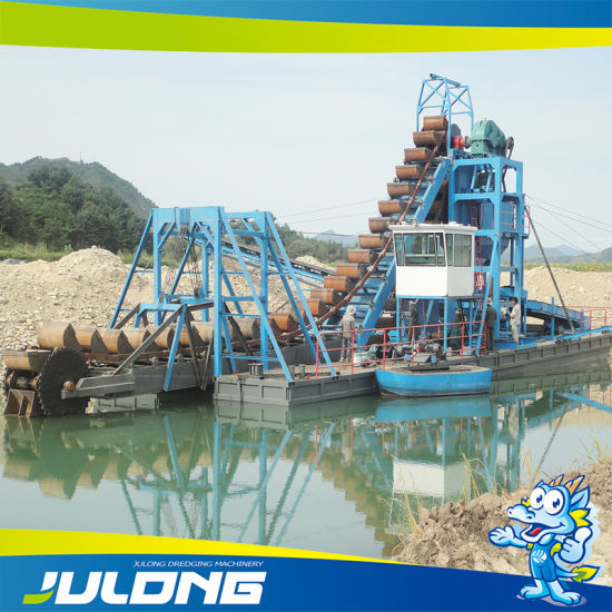 Gold Mining Dredger with Rubber Mat for Processing pictures & photos