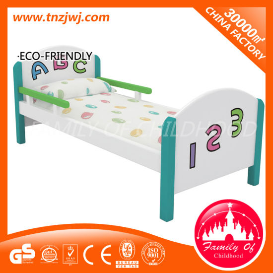 High Quality Small Daycare Cots Kids Wooden Bed for Sale pictures & photos