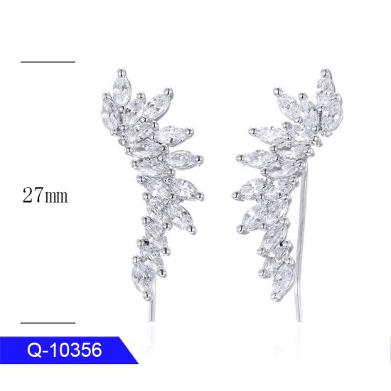 New Model Personalized Copper Fashion Jewelry Cubic Zirconia Drop Earrings for Women pictures & photos