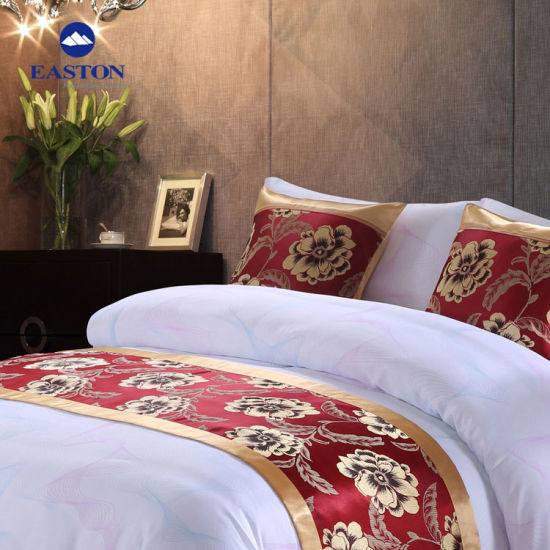 Professional Custom Wholesale Luxury Hotels Bed Runner pictures & photos