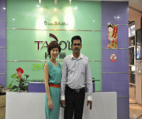Customer with General Manager Shalley Xiong-2