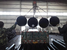 steel pipe loading
