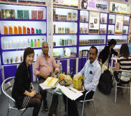 Customer with Overseas Manager Marriane Ma-3
