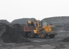 world brand 5ton loader is working in coal mining