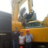 Customers Visiting-Excavators