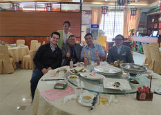 Lunch with America customer