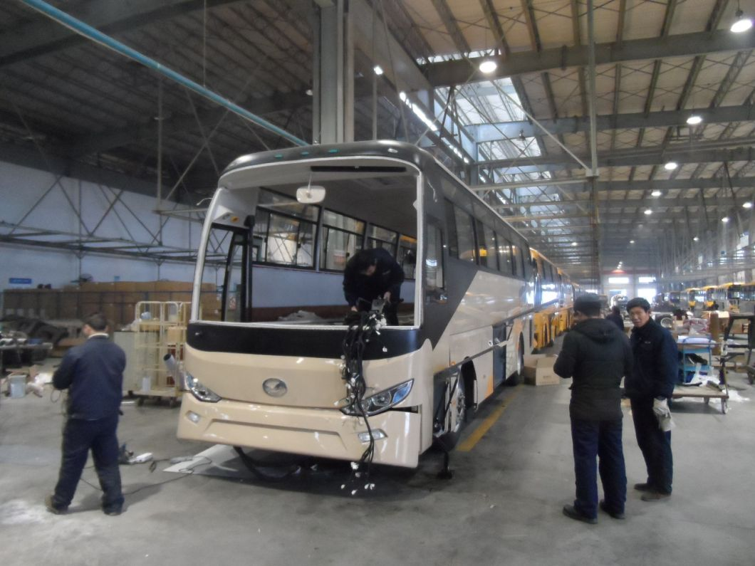 30 Seats Luxury Coach Tourist Bus with Good Price