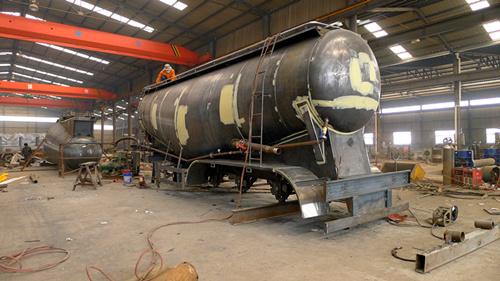 3 Axles 40m3 Bulk Cement Transport Truck with Compssor