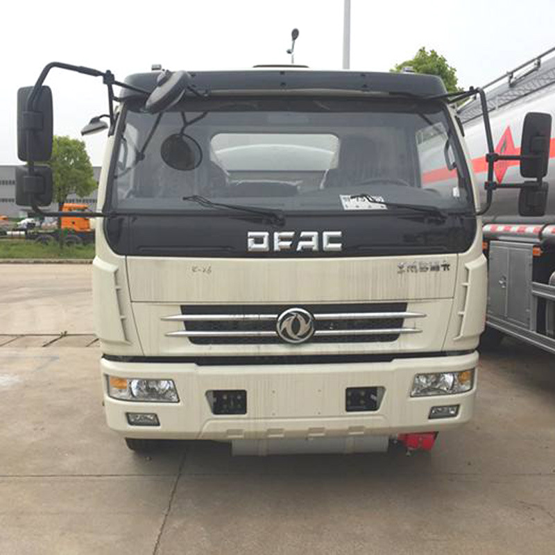 2019 Hot Sale with Flying Tanker Machine Fuel Tank Truck Oil Transport Truck