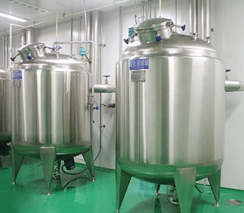 Stainless Steel Large Outdoor Storage Tank