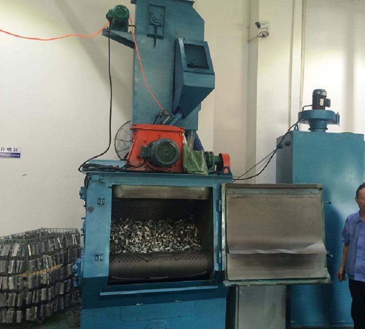 Hot Selling Tumble Belt Blasting Machine Rubber Apron Castings Shot Blast Cleaning Abrator