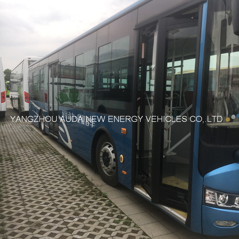 High Performance Electric 12 Meters Bus