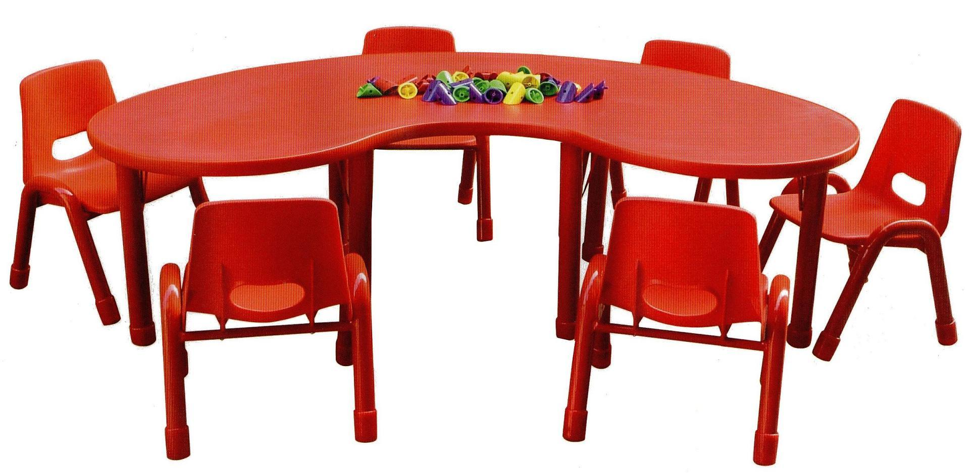 Great Kids Table and Chairs 1923 x 938 · 197 kB · jpeg
