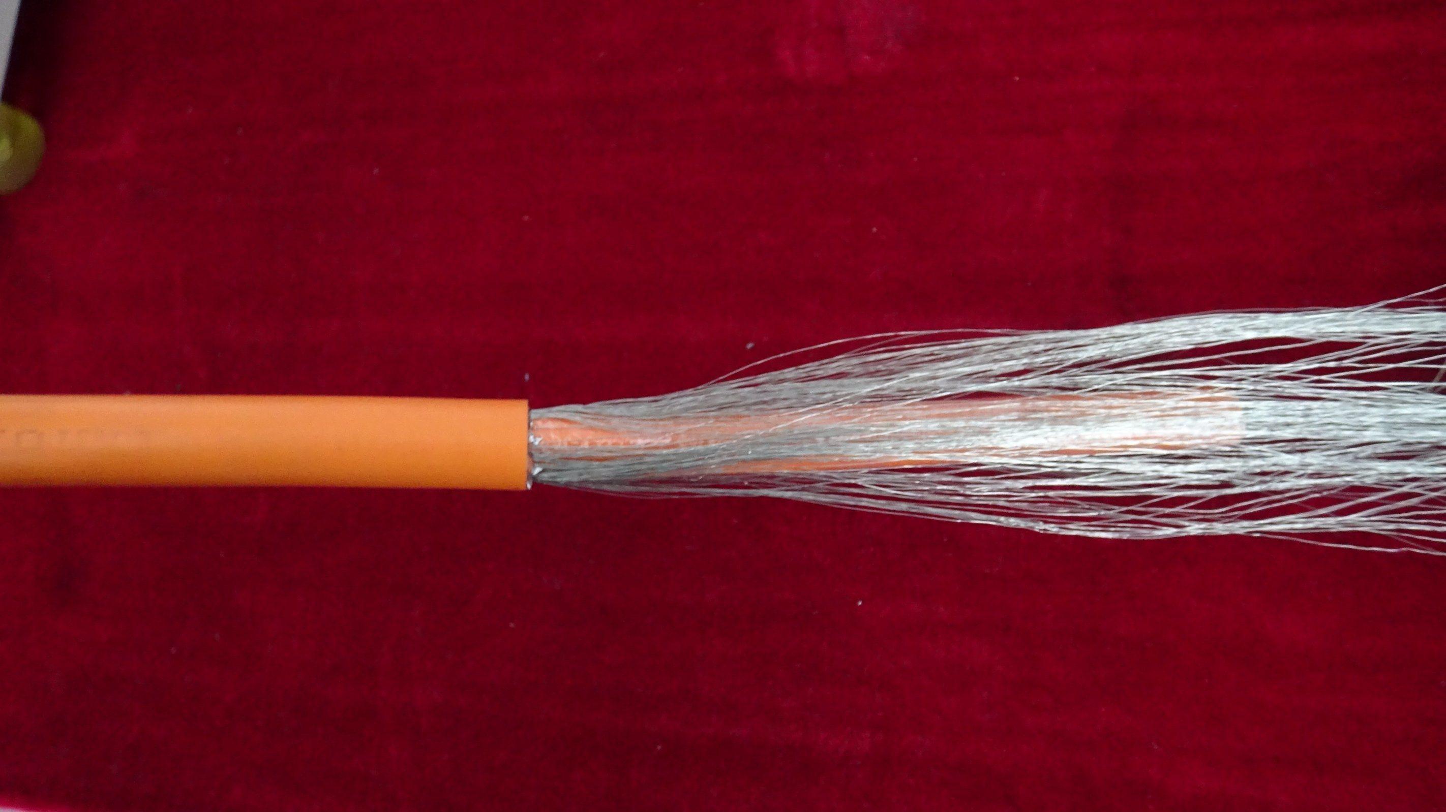 Shield Net Combing Device